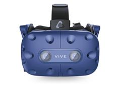 шлем htc vive pro в клубе виртуальной реальности
